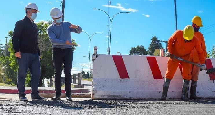 Avanza la reconstrucción del desagüe de Avenida Vélez Sársfield