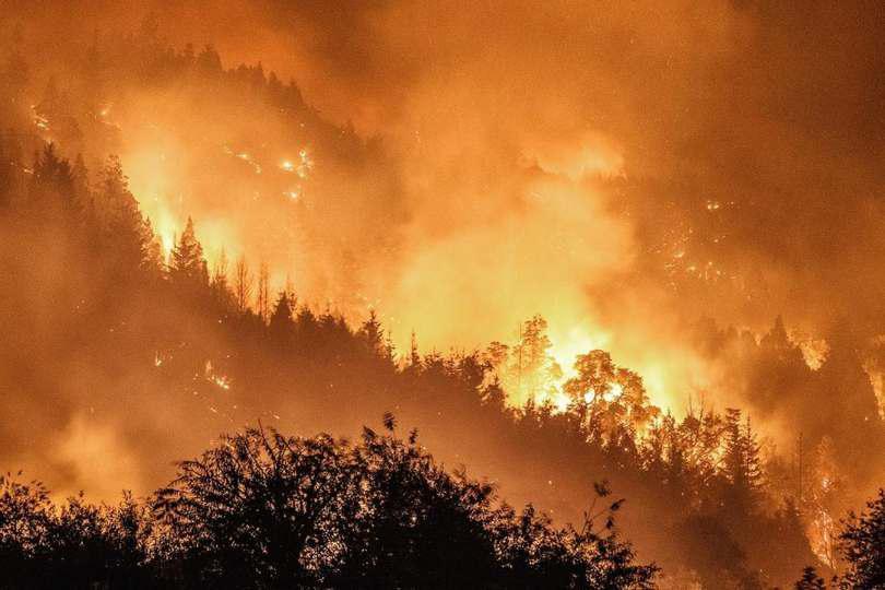 Increíbles fotos del incendio en La Comarca Andina