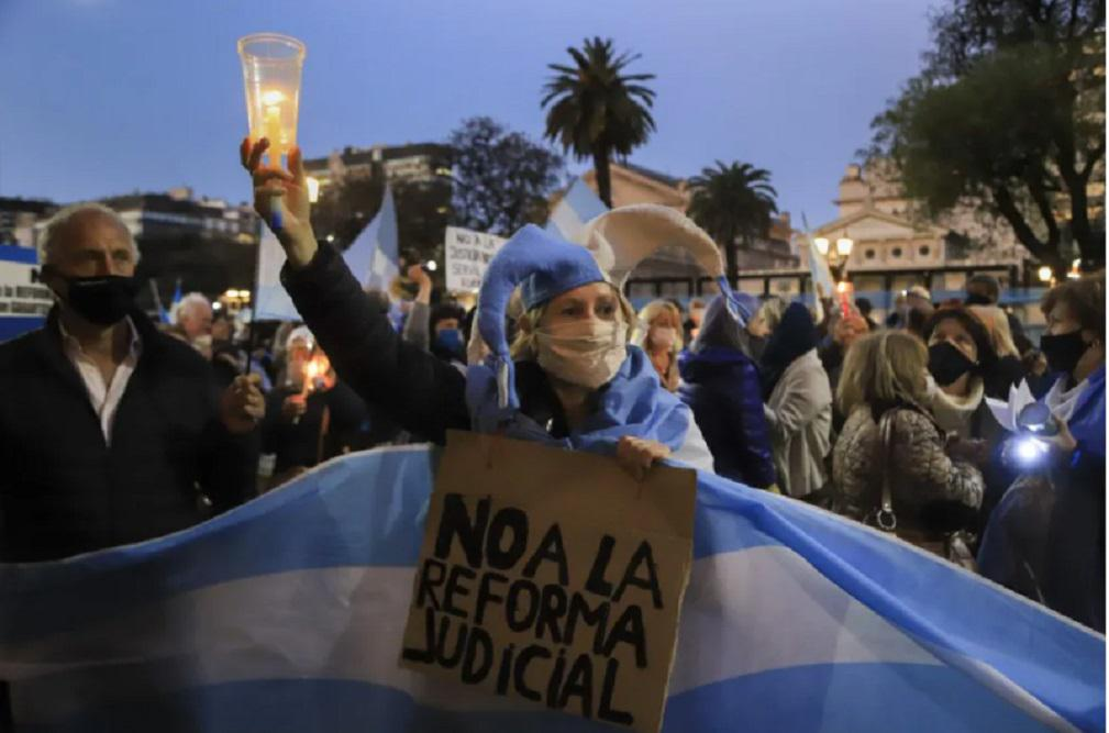 Protesta en Trubunales - NA